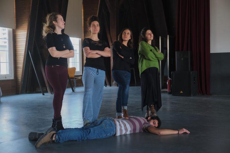 Grupos TO-Teatre i identitat